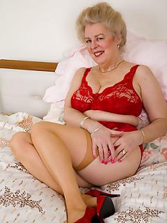 Victoria swinger porn