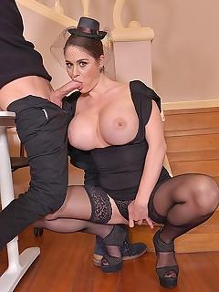 HD Stockings Pics